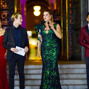 AWARD PRESENTERS   Taylor Henry Hollywood Medium  Alicia Machado   Actress, Miss Universe 1996