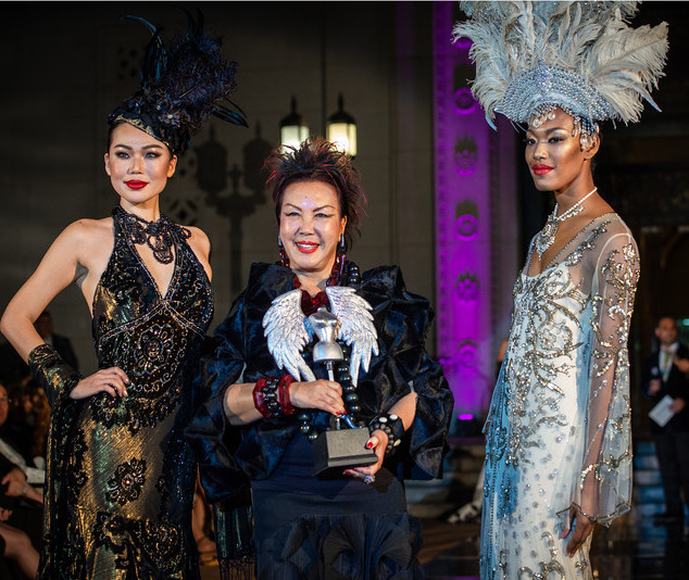 FASHION DESIGNER OF THE YEAR SUE WONG