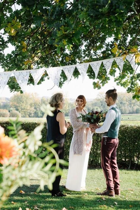 Huwelijk onder een boom