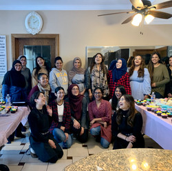 intro to baking and cupcake decorating workshop