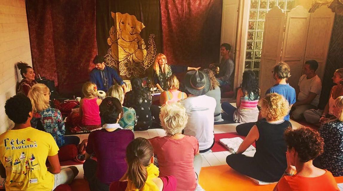 Kirtan at Yam Yoga