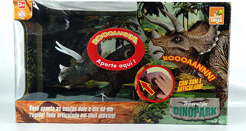 TRICERATOPS DINOPARK BEE TOYS