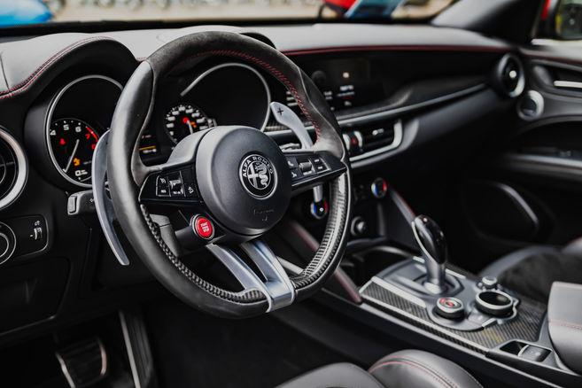 BBGautomotive Car Detailed Interior