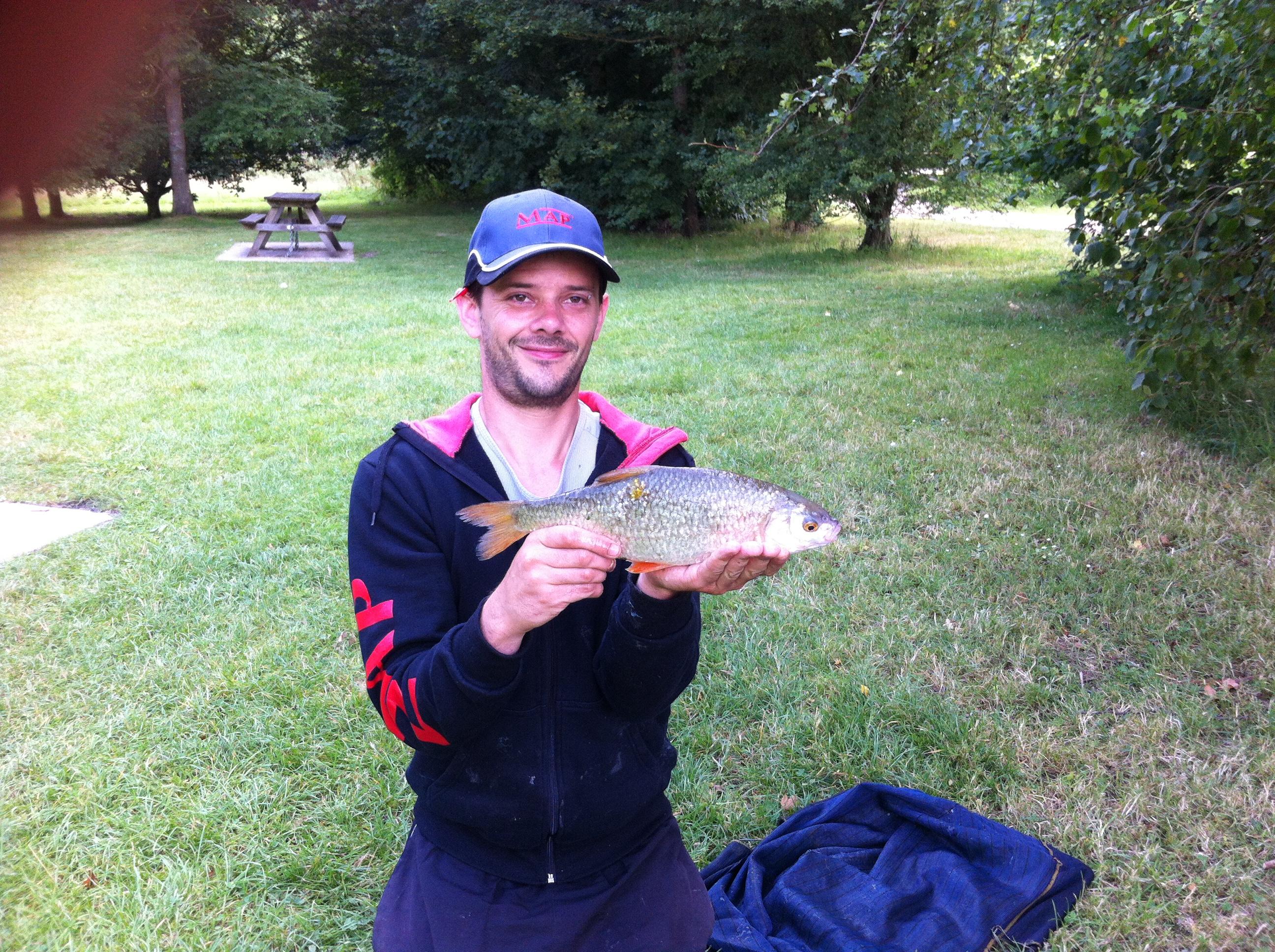 Gareth Bulbeck - 1lb 14oz Roach