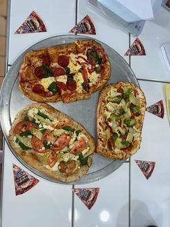 Pizzetas-Northeast Pizza and Bones