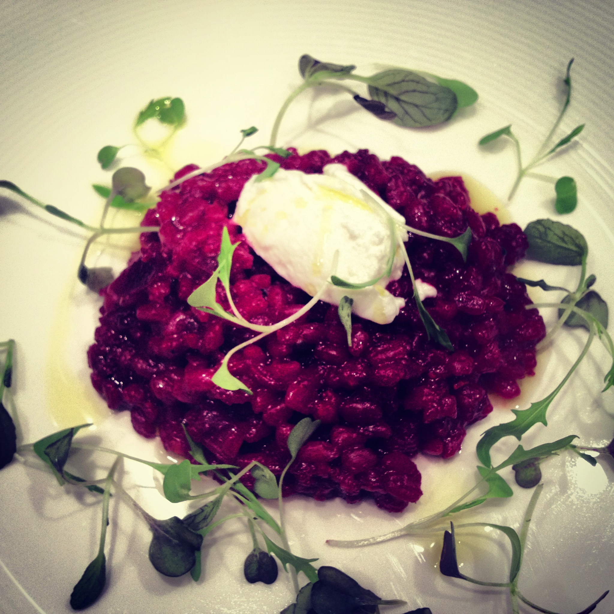 Beetroot spelt risotto