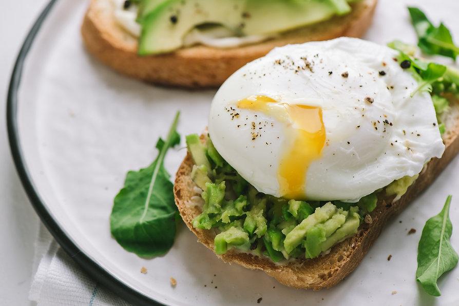 Posjert egg sandwich