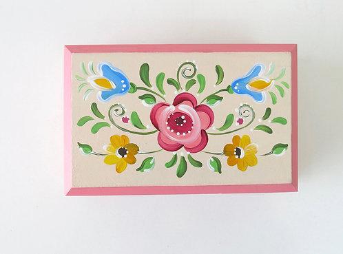 Baú Rosa - Tradição