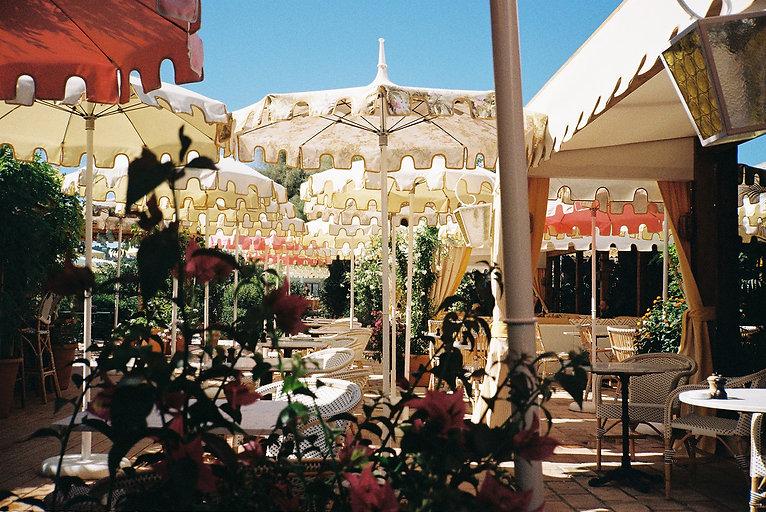 EPI-1959-49-Restaurant-Parasols.jpg
