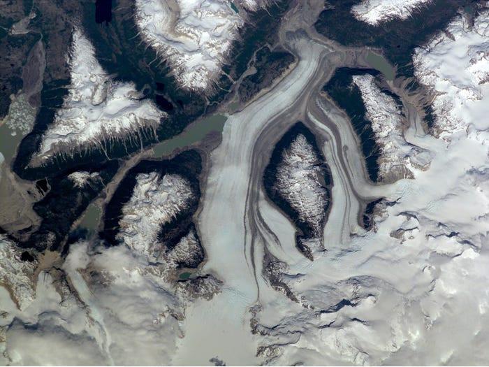 Un área glaciada en las cabeceras del Río de la Colonia en el sur de Chile, diciembre de 2000.