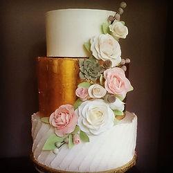 gâteau de mariage, gâteau sur mesure, table de desserts, table sucrée, table thématique
