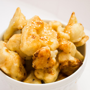 Crispy Cauliflower with Dipping Sauce
