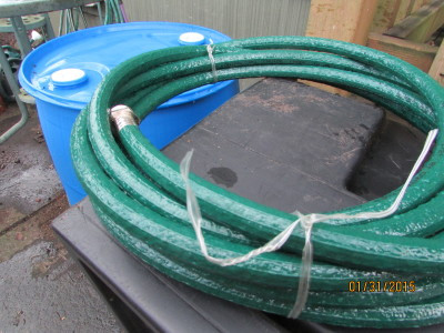 Correct Gator hose (non-toxic) for drinking water barrel.