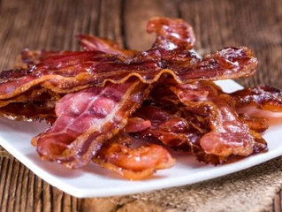 Bacon, ham, red meat link to bowel cancer