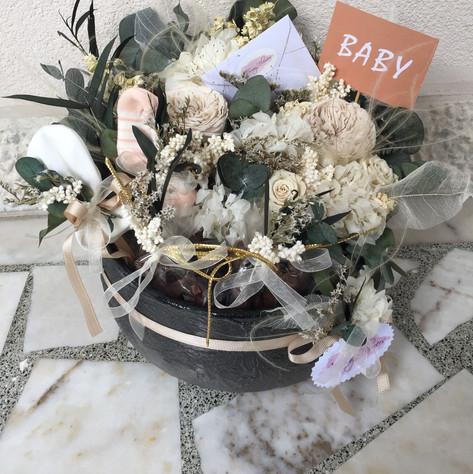 bebek hediye çiçek