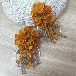 Çiçek küpe kahverengi