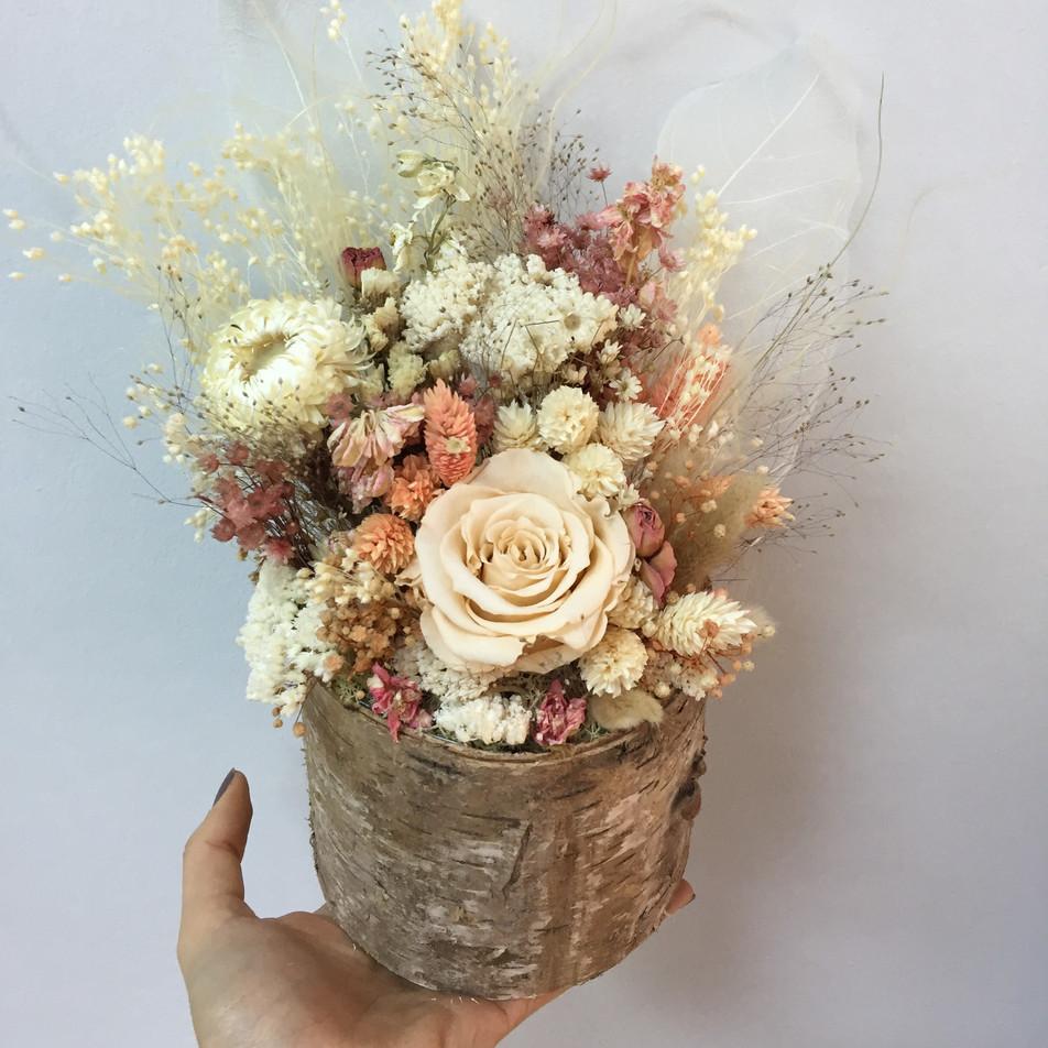 odun saksı çiçek