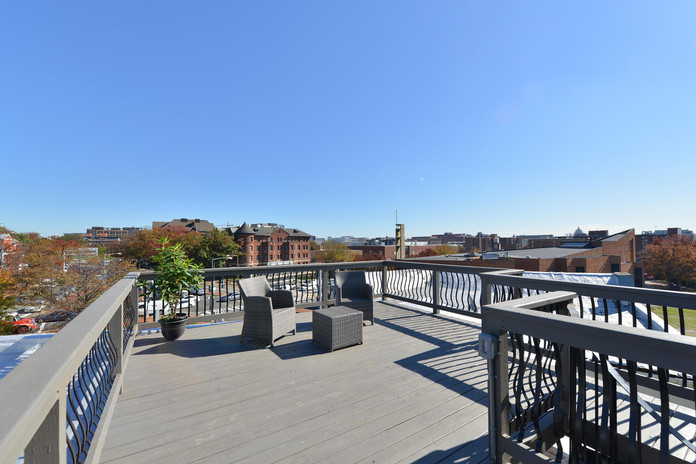 Rooftop patio of 302 M St