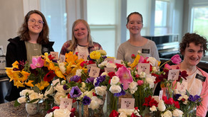 Sister Service Missionaries Make 20 Bouquets