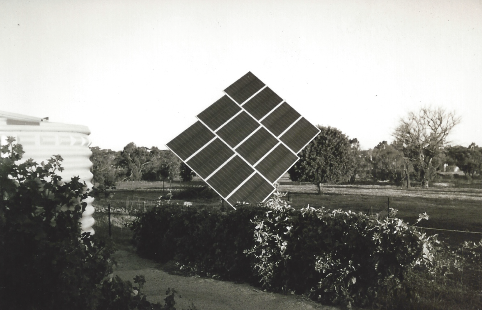 Solar Power bw.png