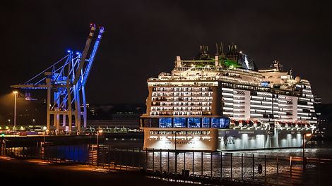 msc-grandiosa-arrives-in-hamburg-for-its