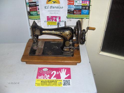 211016 Maquina de coser