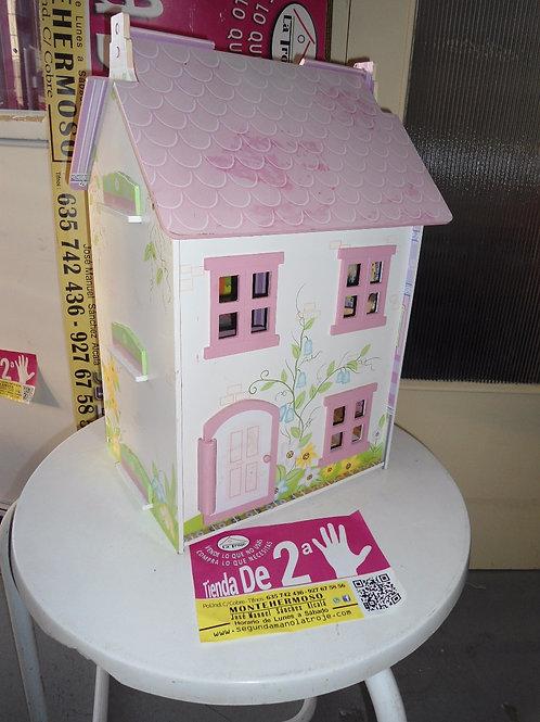 110316 Casa de madera de juguete