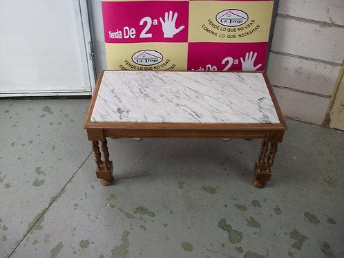 090317 Mesa pequeña de marmol