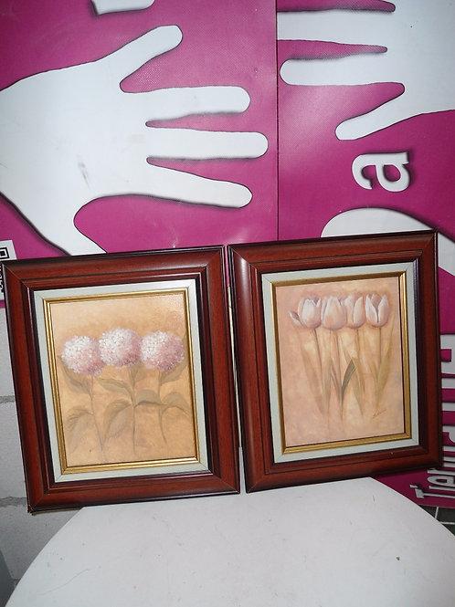 Dos cuadros de flores  unidad