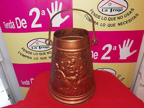 260218 recipiente con asa color cobre