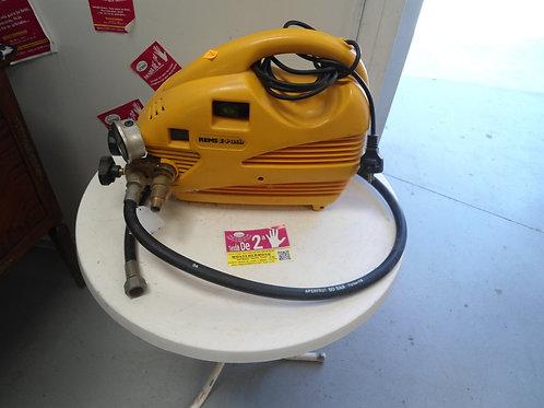 040414 Maquina de presión rems