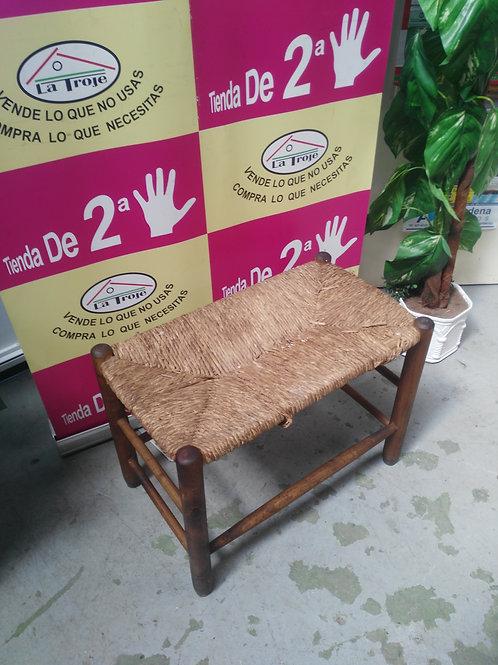 290419 taburete asiento enea