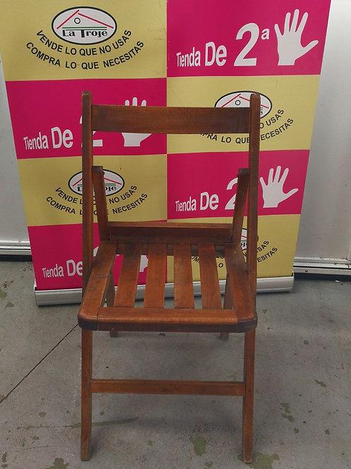 260118 silla plegable de madera