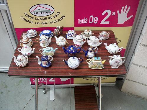 060717 Miniaturas de porcelana