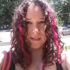 Shana Sisk pink streaks selfie