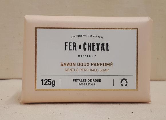 Savon Doux Parfumé Pétales de Rose