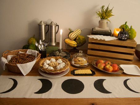 Salem-Inspired Spooky Tablescape
