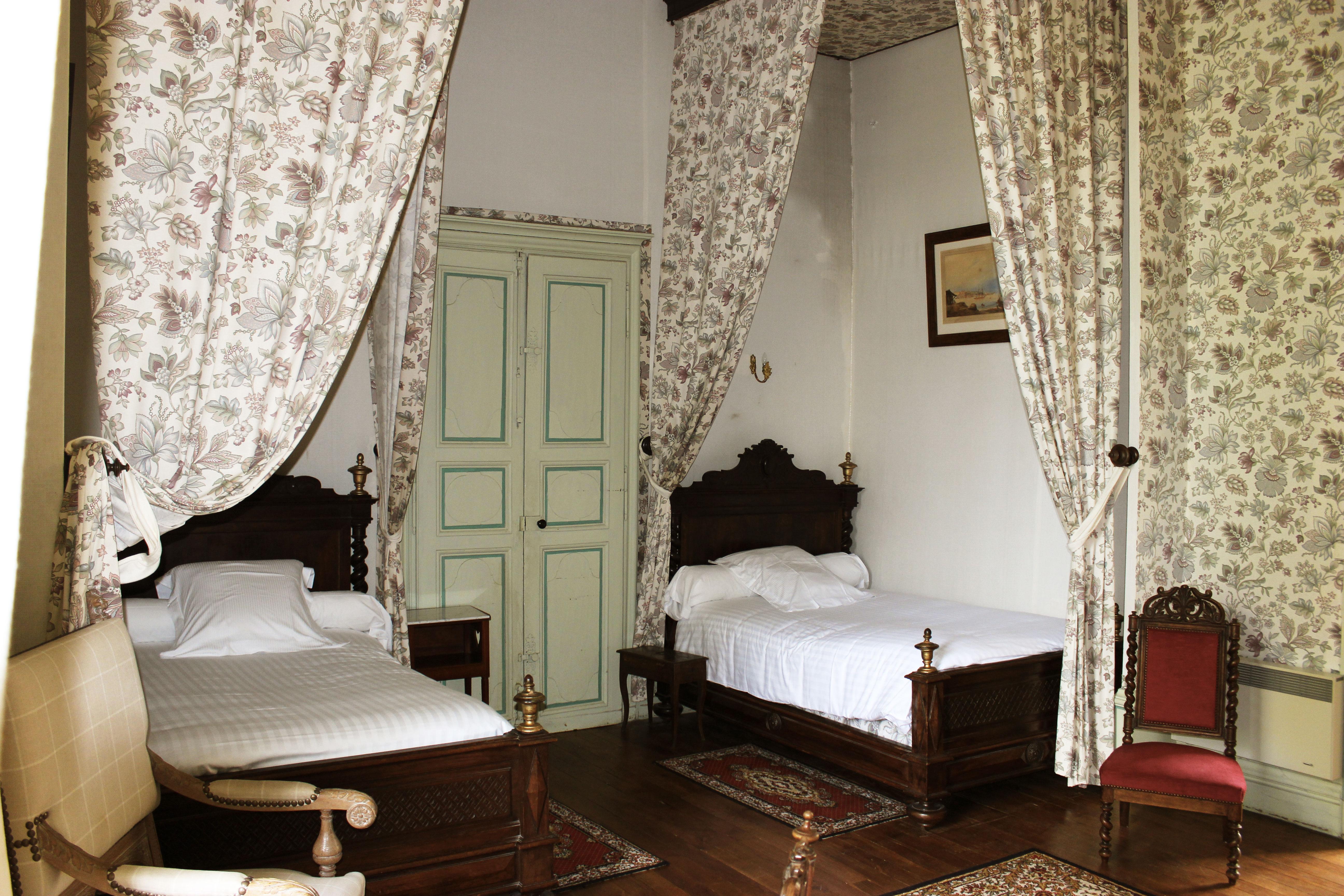 Réservez une chambre d h´tes Ch¢teau de Ternay