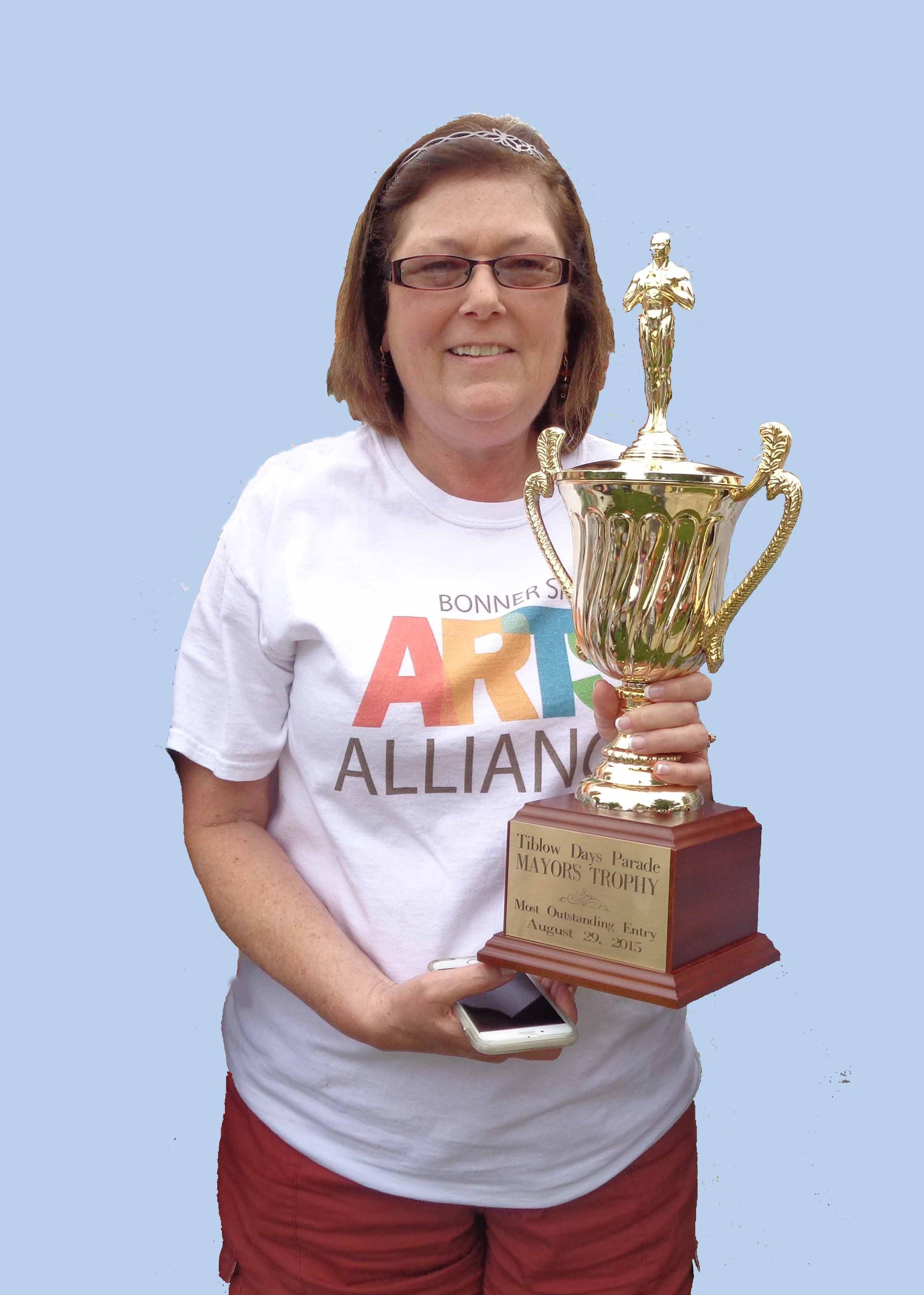 Linda w trophy.jpg