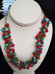 Teal%20%26%20Red%20Necklace-%20low_edite
