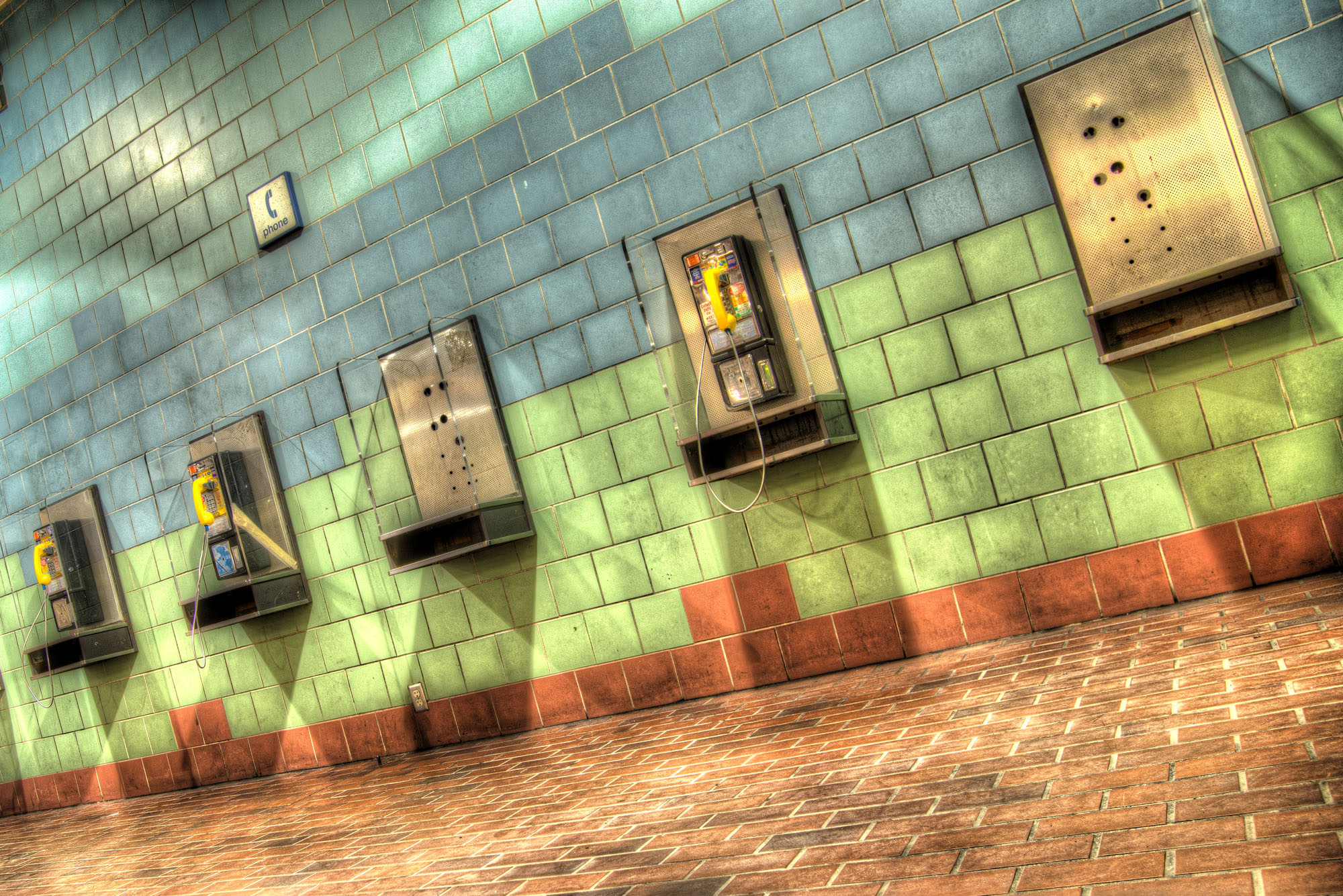 phones_1_2_3_color