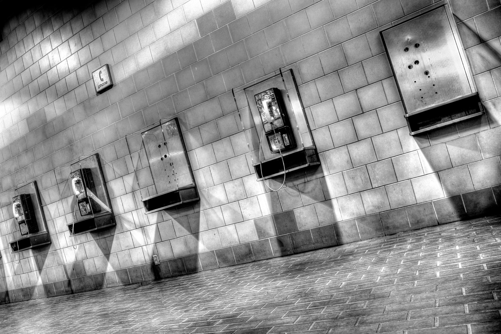 phones_1_2_3_tonemapped