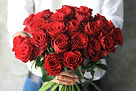 01-Why-Are-Roses-So-Popular-For-Valentin