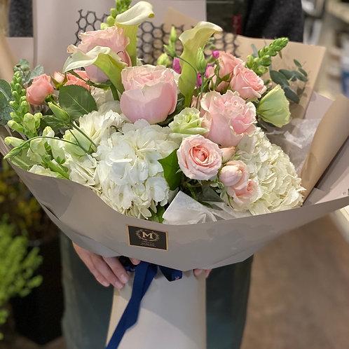 White & pink bouquet #3