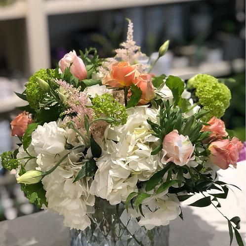 White & peach arrangement #1