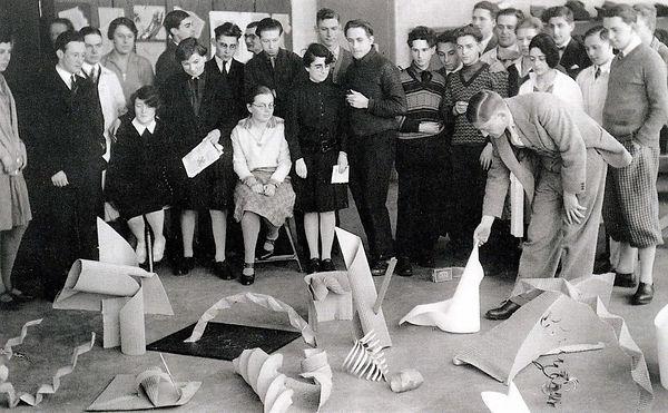 Josef-Albers-Bauhaus-Preliminary-class-1
