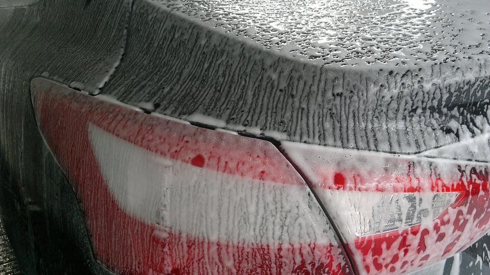auton pesu esipesu vahanpoisto