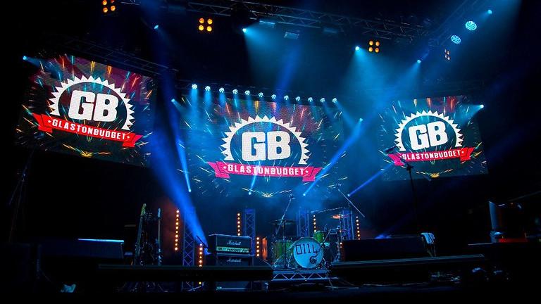 Forever 80's Does Glastonbudget 2021!