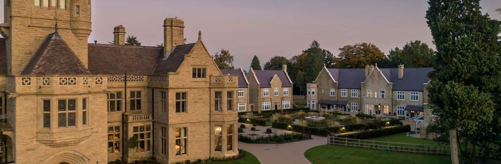 Haseley-Manor-Warwick-dusk-residential-development