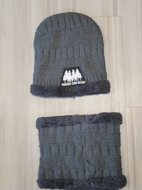Beanie and Gaiter Set